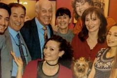 Consuelo-con-la-sua-famiglia-Norman-Barret-e-la-moglie-Sally-e-Alix-Dudel-SharpenAI-sharpen