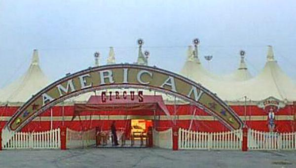 American Circus famiglia Enis Togni
