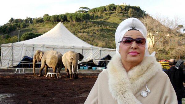 21/10/2003: Incontro con Moira sugli animali nel circo – Milano