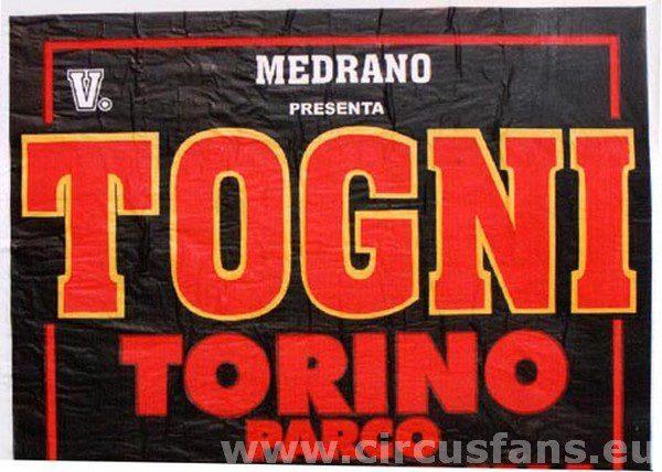"""15/11/2001. MEDRANO PRESENTA """"CIRCO V. TOGNI"""""""
