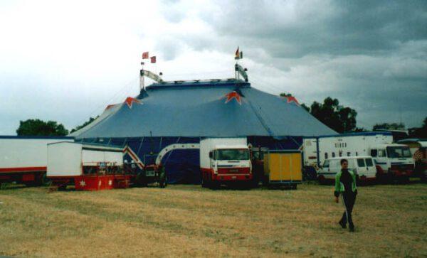 6/12/2001: CIRCO FRANCA ORFEI (F.lli Dell'Acqua): Il Programma