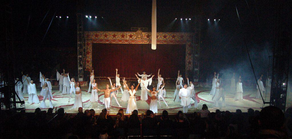 21/12/2002: Circo Americano: Il Programma di Milano