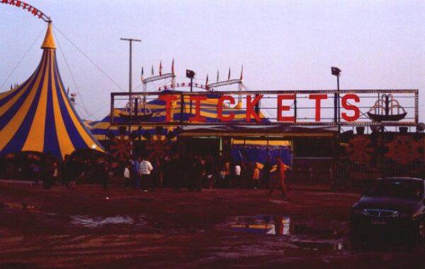 22/12/2003: CIRCO DARIX MARTIN: Programma 2003/2004