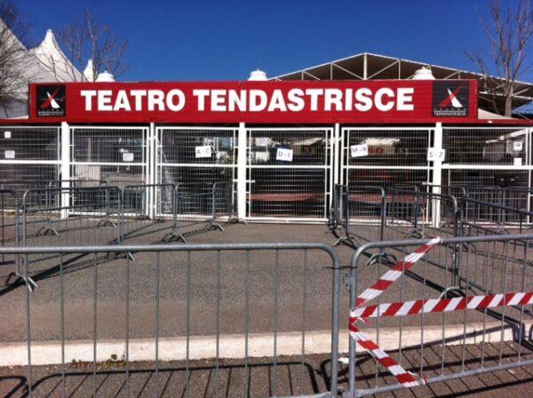 """27/12/2003: I sigilli al Golden Circus (da """"Il Corriere della Sera"""")"""