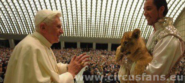 Benedetto XVI e Martin Lacey
