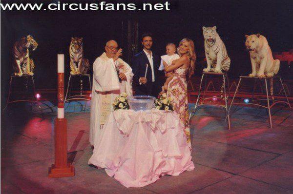 Don Luciano il parroco dei circhi