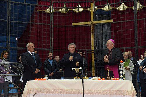 A Salerno Santa Messa celebrata nel Circo Lidia Togni