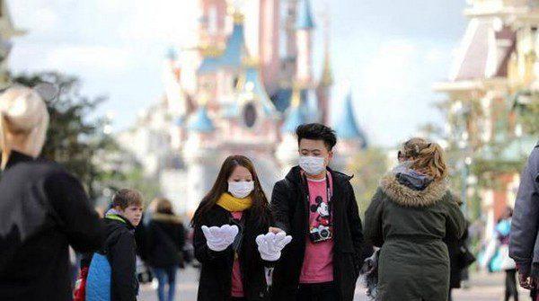 Disney licenzia a causa della crisi