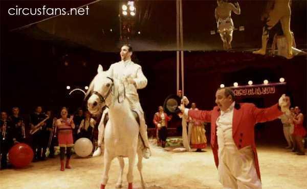 """CINETECA GUIDERI: """"Dietro il """"VOLARE"""" del Circo Medrano"""" (2011)"""