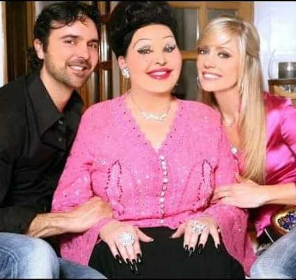 """Brigitta Boccoli dalla tv al circo omaggia la suocera defunta: """"Una grande"""""""