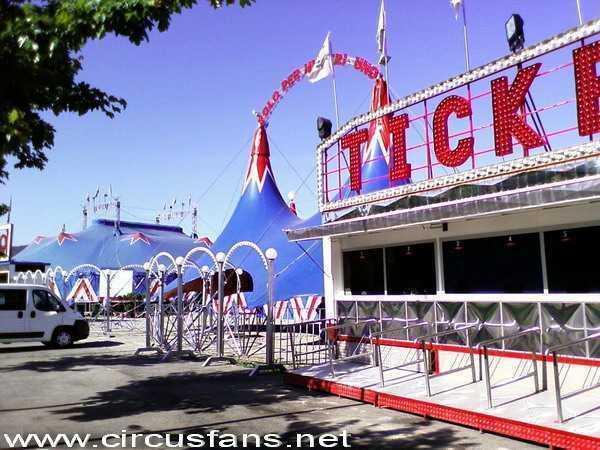 Royal Circus