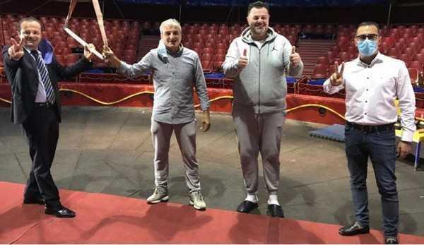 San Valentino con il circo online