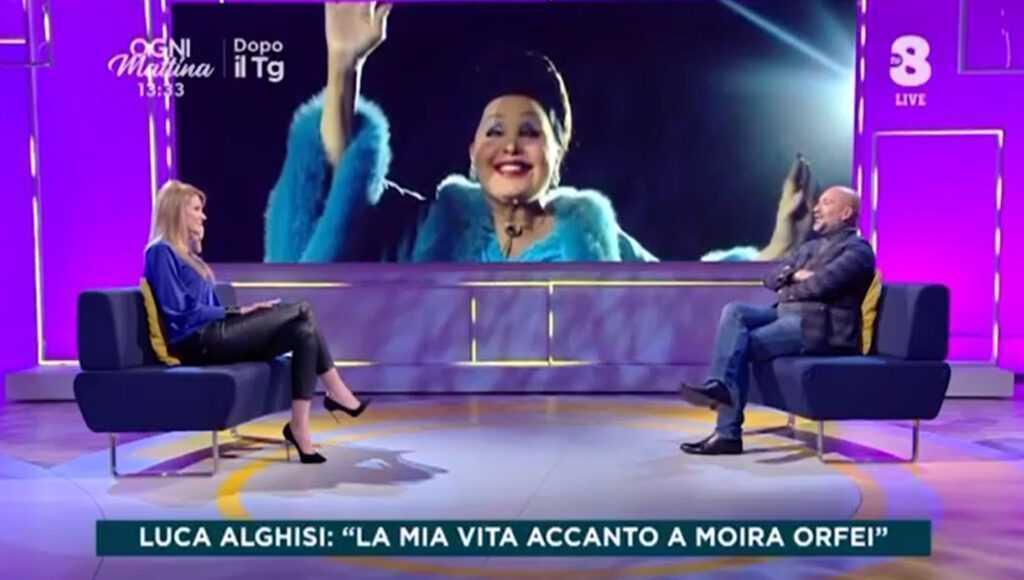 LUCA ALGHISI SU TV8 DA ADRIANA VOLPE: Il Video