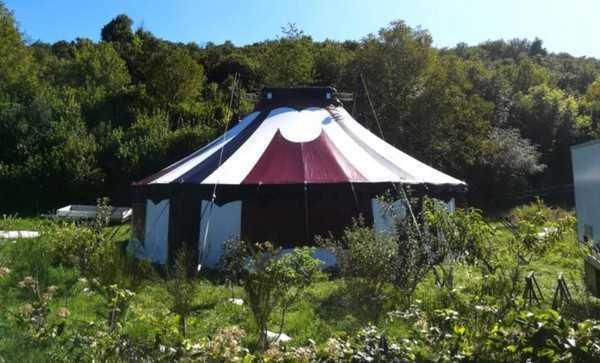 Il circo Madera pianta le sue tende in quota