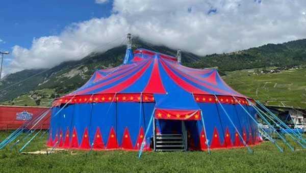 cirque helvetia nuovo chapiteau